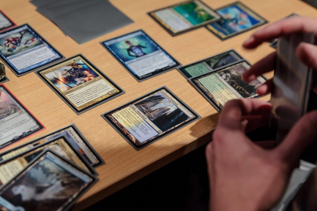 Shared Command in Magic: The Gathering Two-Headed Giant